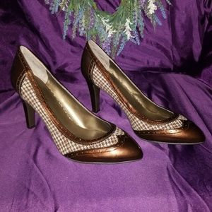 Brown plaid/patent leather heels